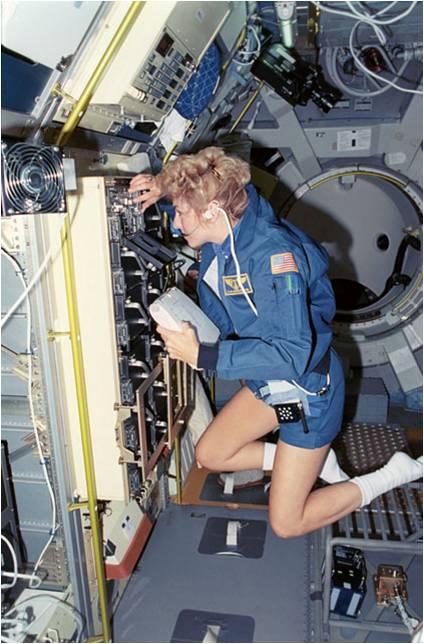 Women in Space_6