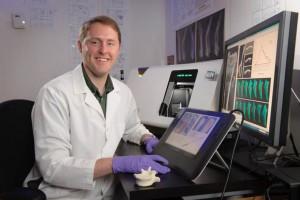 Josh Alwood in the Bone and Signaling Lab at NASA's Ames Research Center. (NASA /Dominic Hart)
