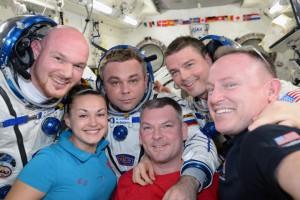 Expedition 41 crew portrait on the International Space Station. From left: ESA astronaut Alexander Gerst, Roscosmos cosmonauts Elena Serova, Maxim Suraev and Alexander Samokutyaev, and NASA astronauts Reid Wiseman and Barry Wilmore. (NASA)