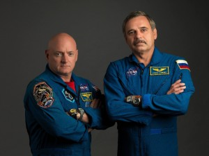 NASA astronaut Scott Kelly (left), Expedition 43/44 flight engineer and Expedition 45/46 commander; and Russian cosmonaut Mikhail Kornienko, Expedition 43-46 flight engineer, take a break from training at NASA's Johnson Space Center in Houston to pose for a portrait. (NASA)