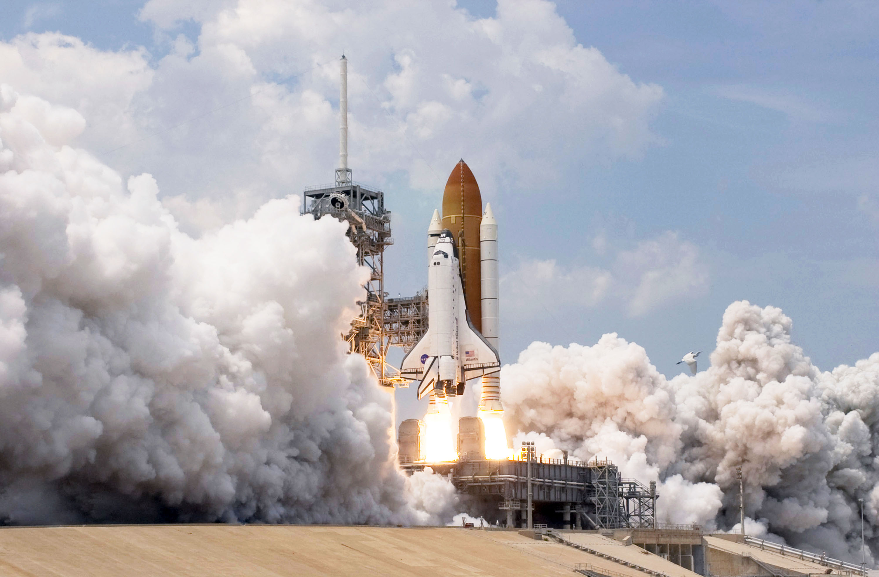 space shuttle with rocket - photo #20