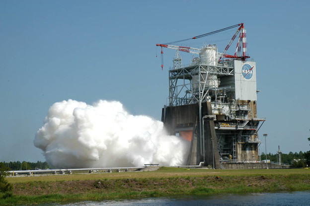 RS-25 engine during testing
