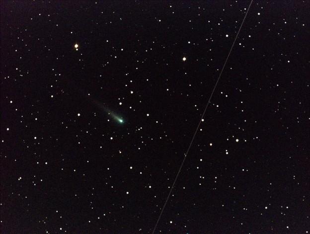 Comet Ison Roars Through Leo