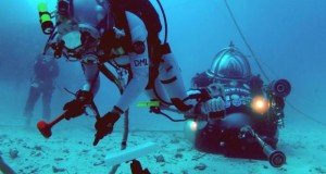 NASA astronauts carry out simulated space manoeuvres on the ocean floor during a previous NEEMO expedition. An Irish doctor has been selected to monitor the health of six astronauts, engineers and scientists who are due to spend three weeks in an undersea research station off the Florida coast. Photograph: NASA
