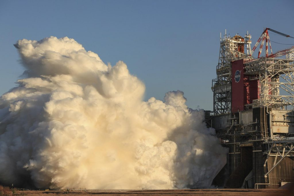SLS ocket core stage comes alive during the Green Run hot fire test