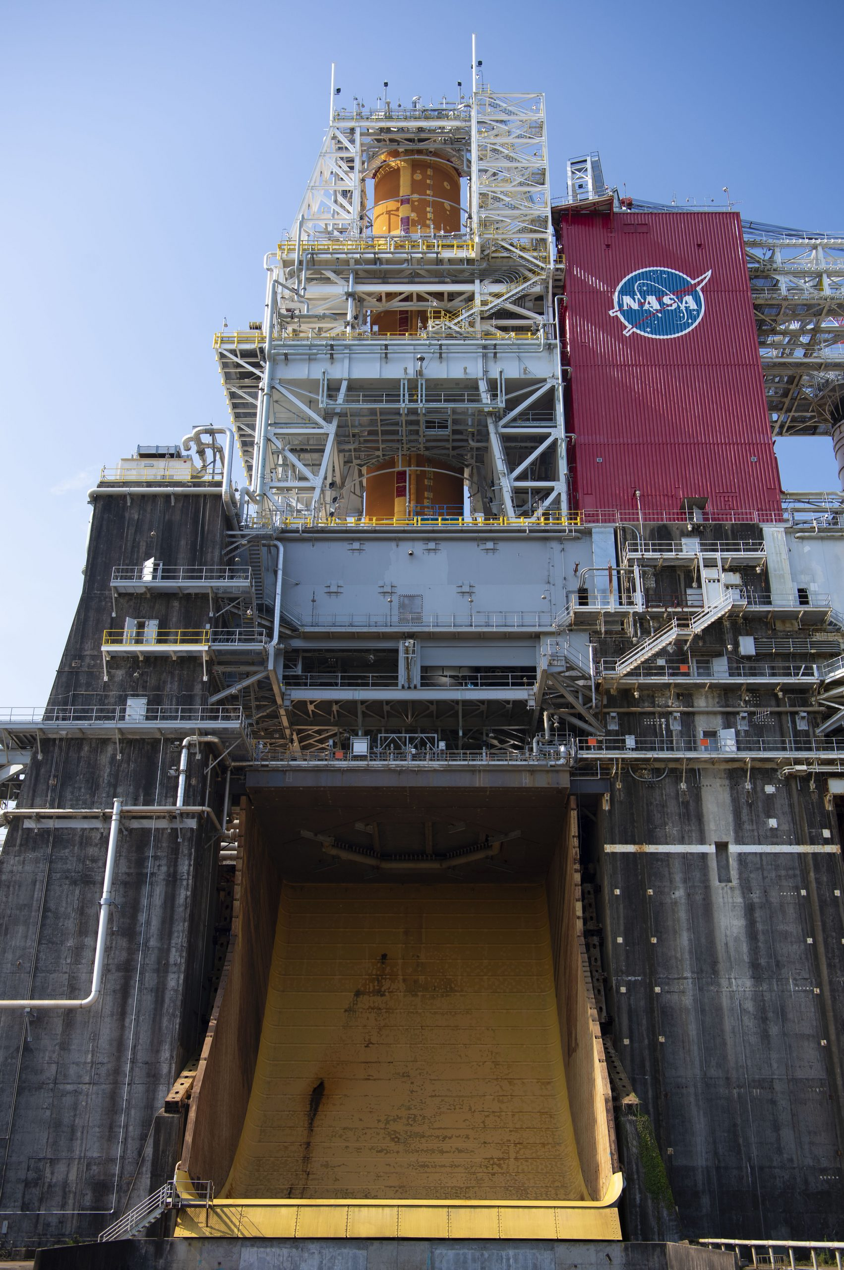 The Artemis I core stage is in the B-2 Test Stand for Green Run testing