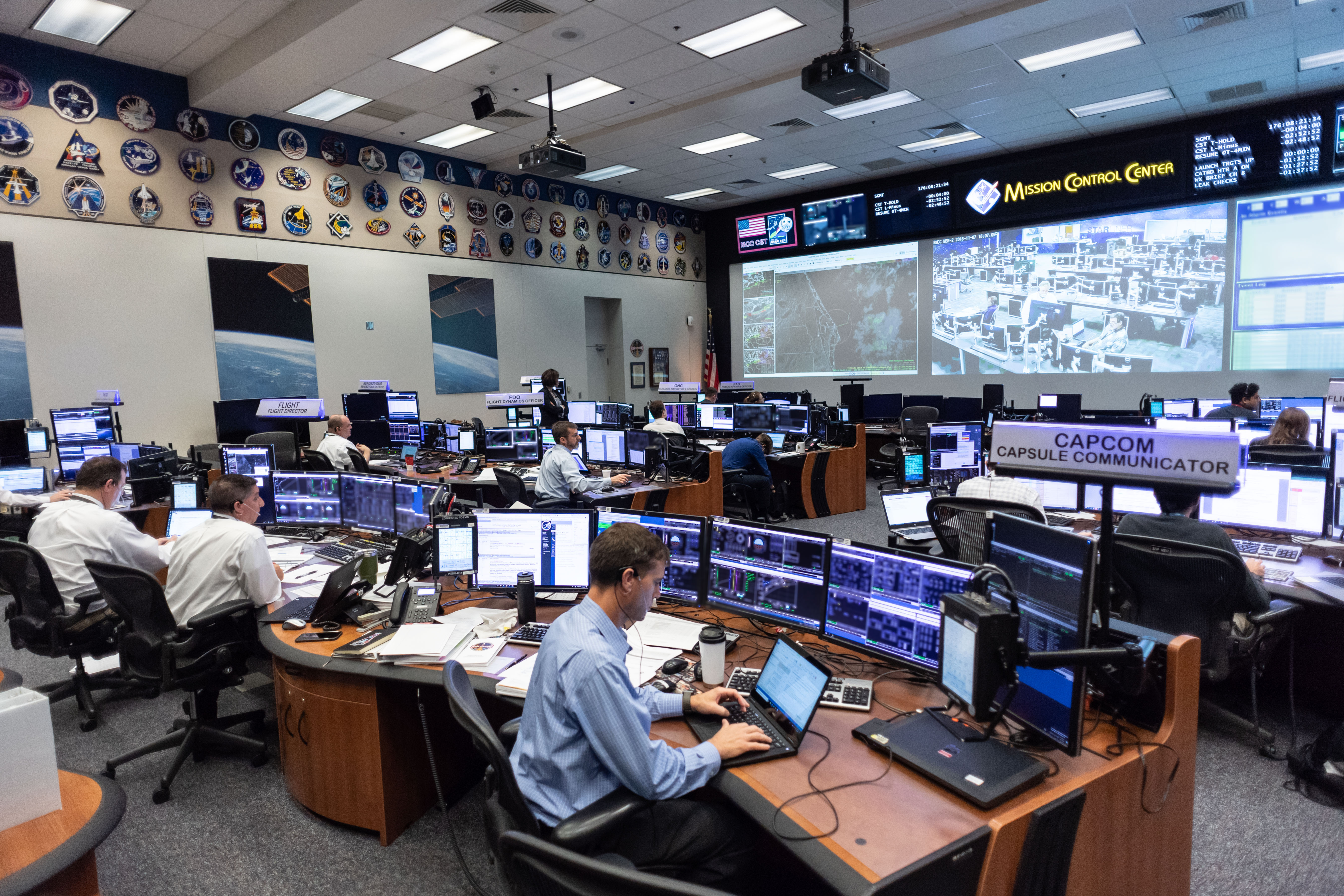 Launch Teams Simulate Boeing Uncrewed Flight Test Prelaunch Procedures – Commercial Crew Program