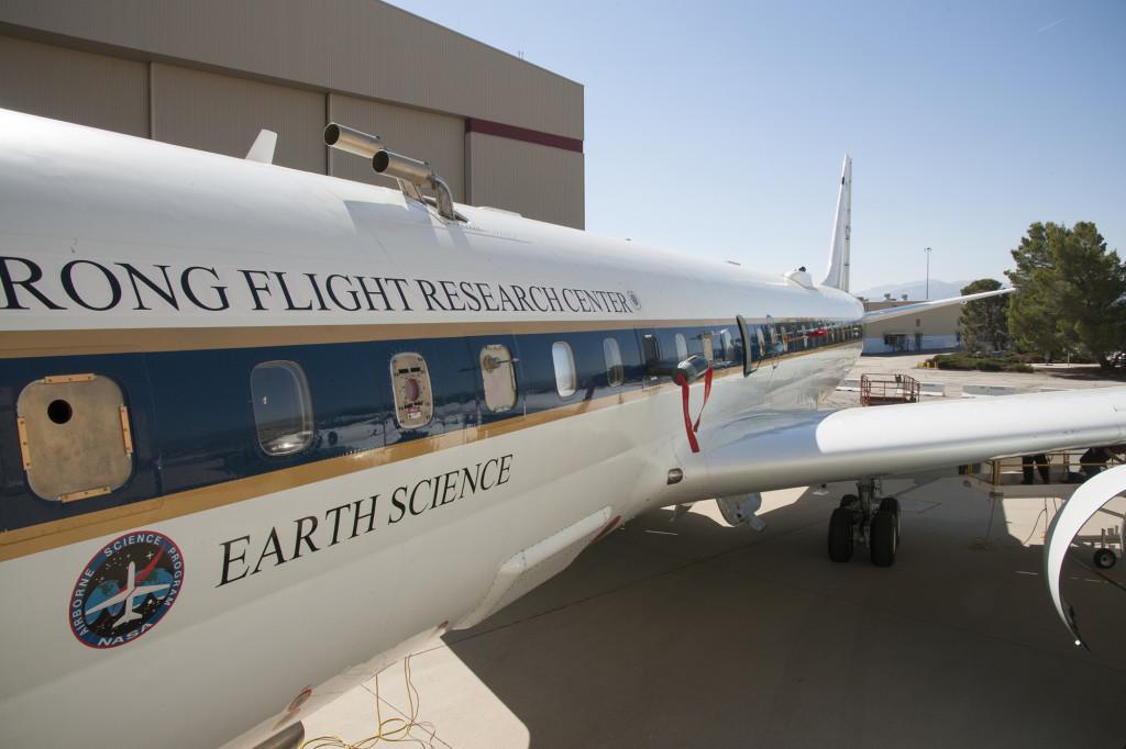DC-8 aircraft exterior