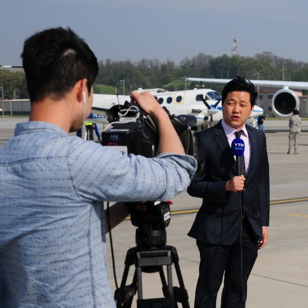 Media, Dignitaries Meet KORUS-AQ on the Tarmac