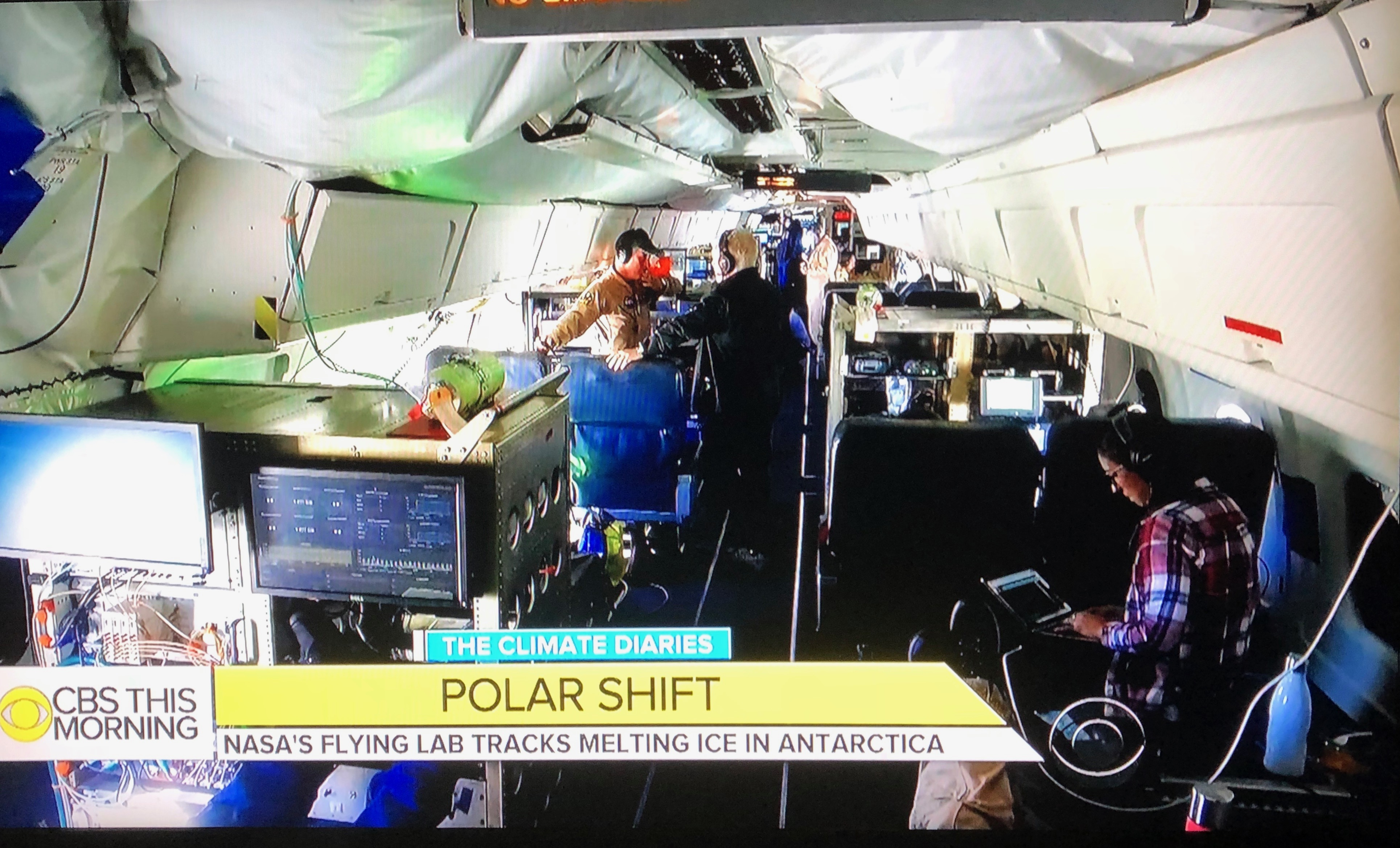 Nasa Earth Expeditions Your Planet Is Changing Were On It From What Switch Debouncing Applied Electronics Engineering A Blog Linette Boisvert Foreground Taking Part In Classroom Chat During Science Mission This Image Was Taken Clip That Shown Cbs Evening News