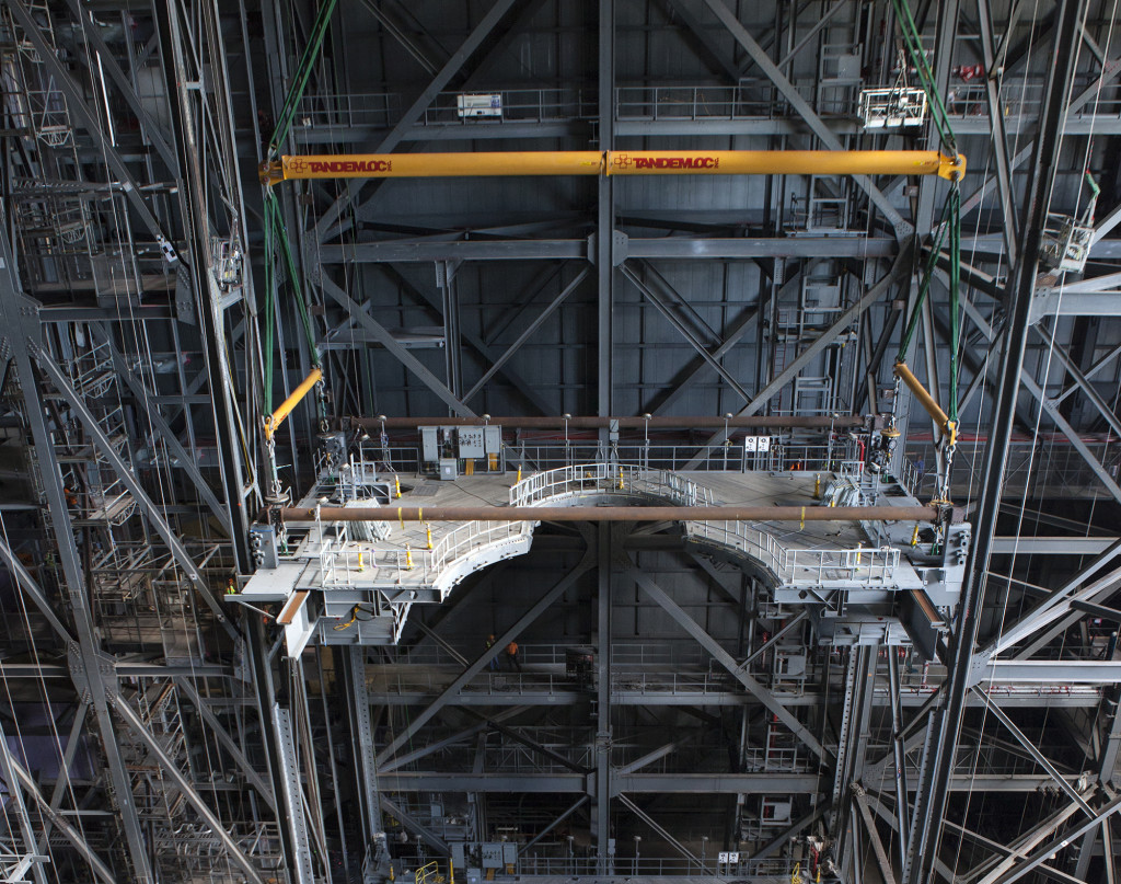 G-level work platforms are installed in the Vehicle Assembly Building High Bay 3.