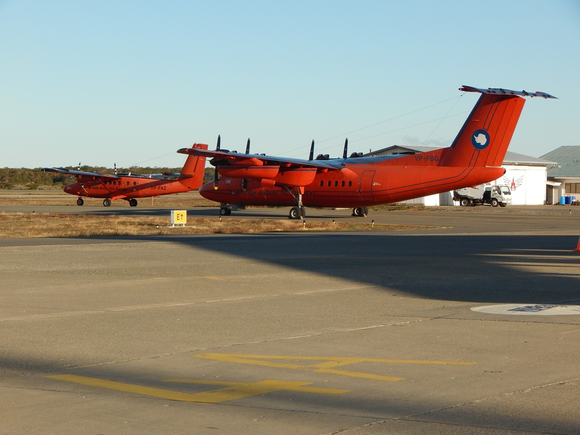 Dash 7 and Twin Otter