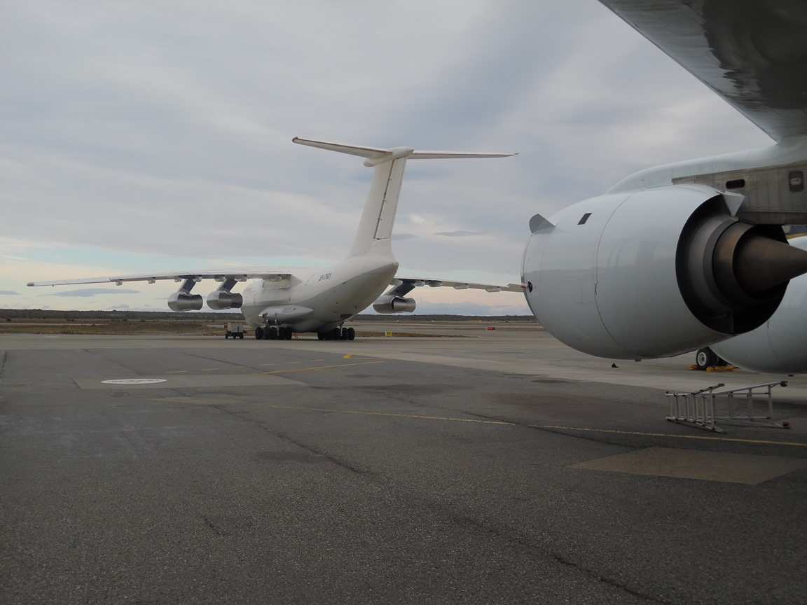 dc8-and-il76