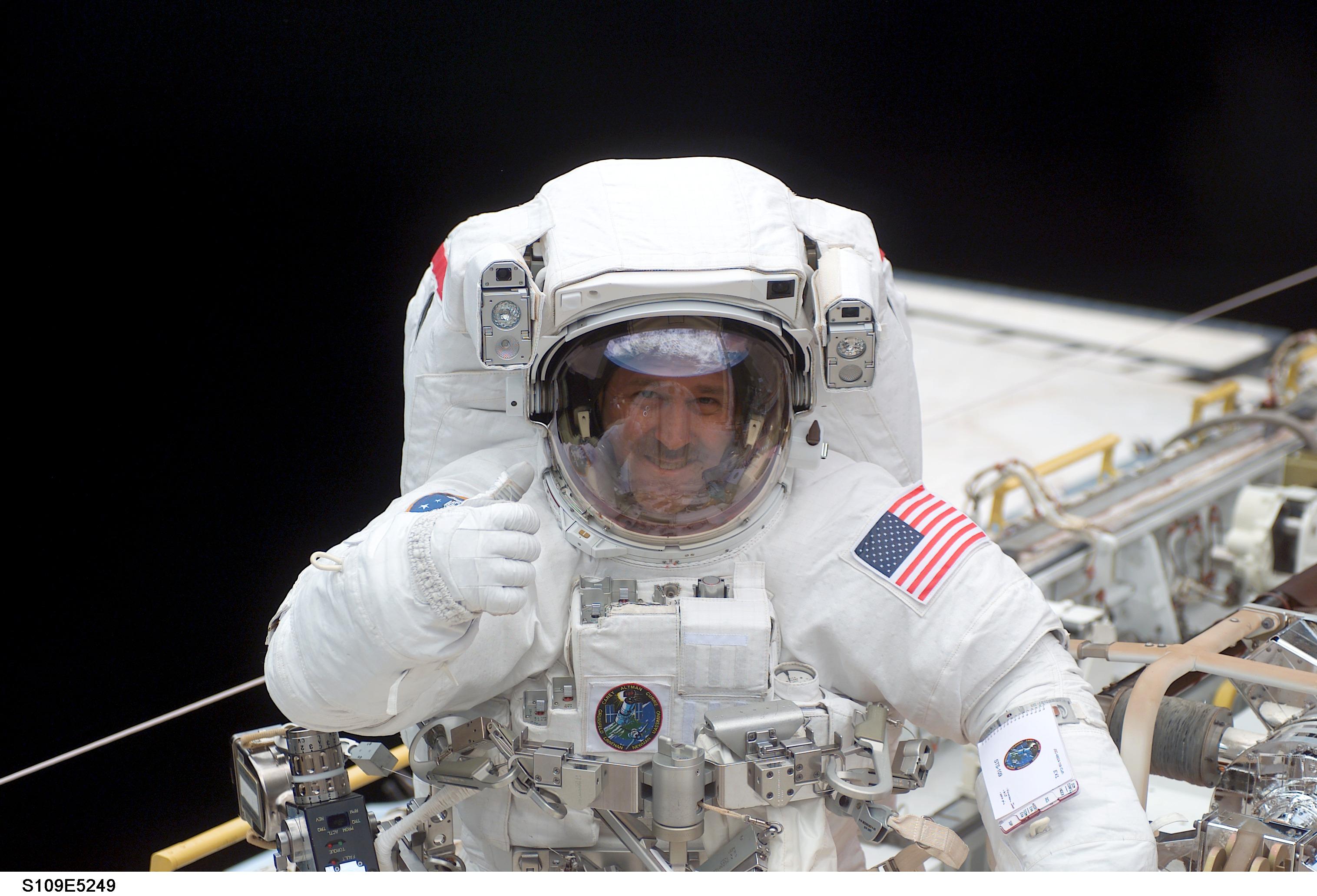 astronaut spaceman - photo #17