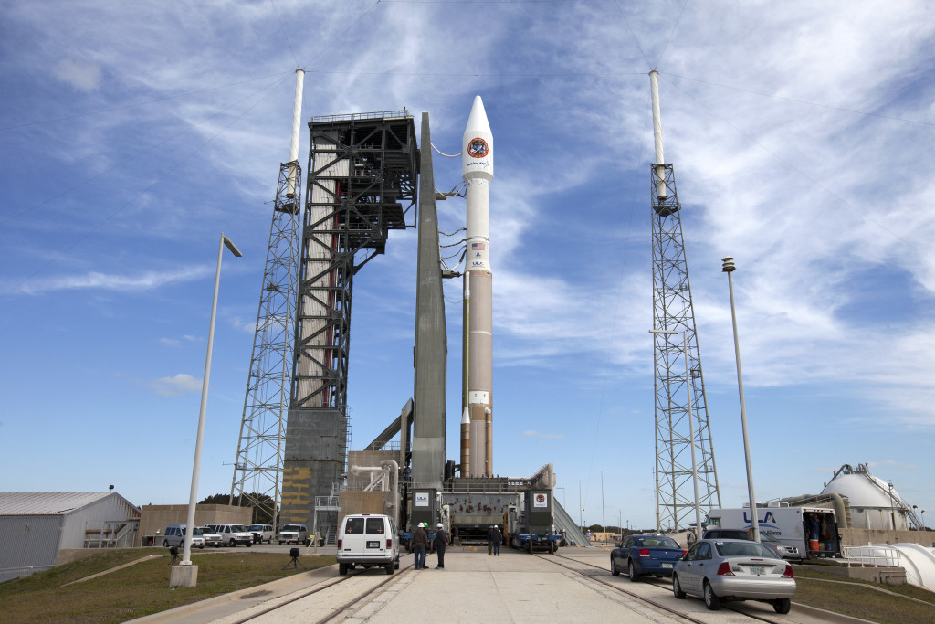 OA-6/Atlas V being rolled out to Pad 41 for launch.