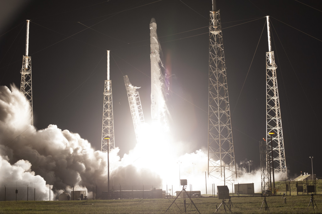 Liftoff of SpaceX CRS-9 from Cape Canaveral Air Force Station