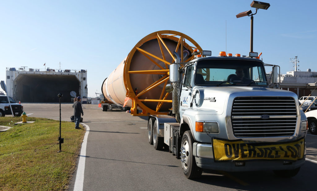 OA-7 Atlas V Booster arrives at the Army Wharf, is offloaded and transfered to the ASOC.