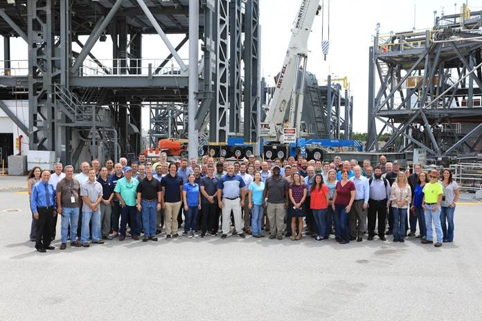 A banner signing event was held at the Launch Equipment Test Facility at NASA's Kennedy Space Center in Florida to mark completion of umbilical testing.