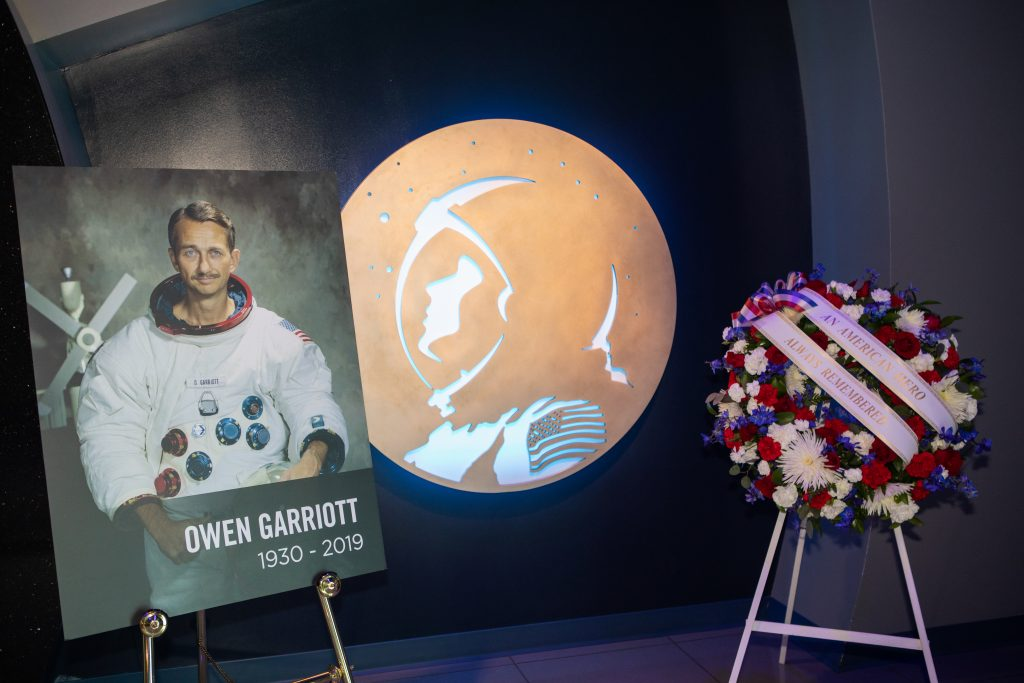 In the Heroes and Legends exhibit at the Kennedy Space Center Visitor Complex in Florida, a memorial wreath was placed following a ceremony honoring the memory of former astronaut Owen Garriott.