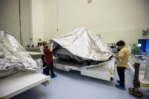 Mars 2020 rover heat shield and back shell unboxing