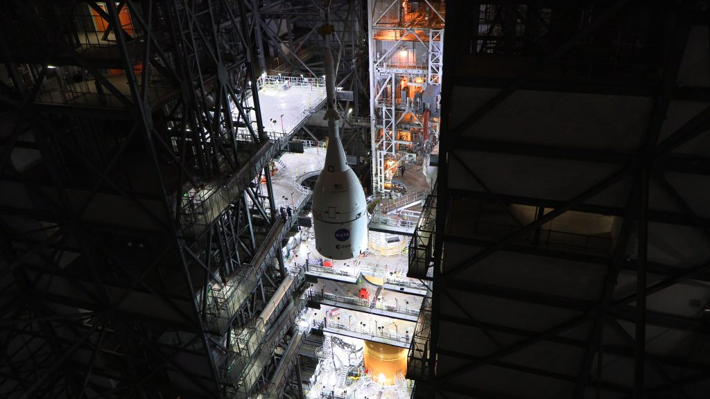 Orion lifted atop SLS rocket in the VAB