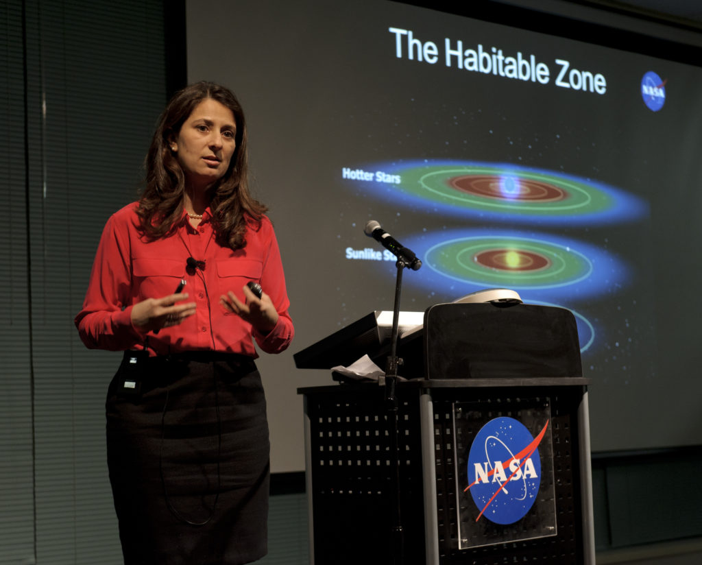 Batalha presenting the habitable zone