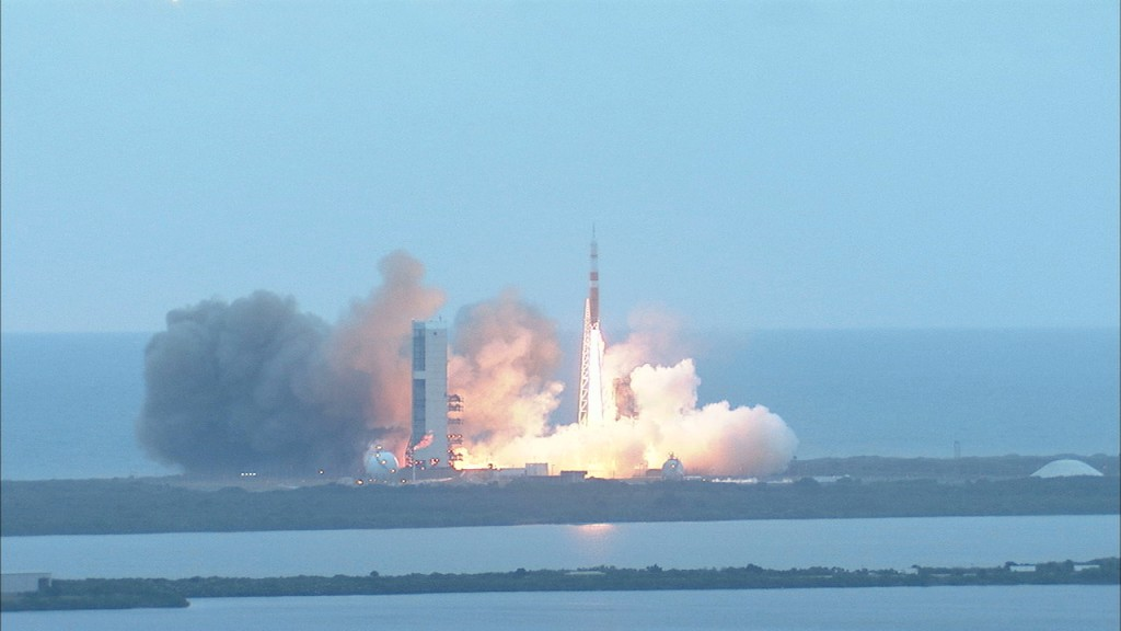 eft1-launch-2