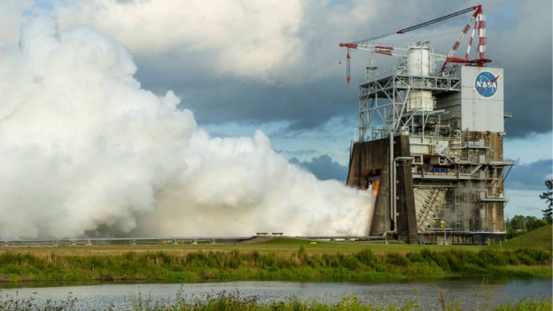 Space Launch System Hits Engine Milestones for Missions with Orion