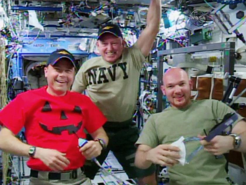 Astronauts Talk to Blue Angels
