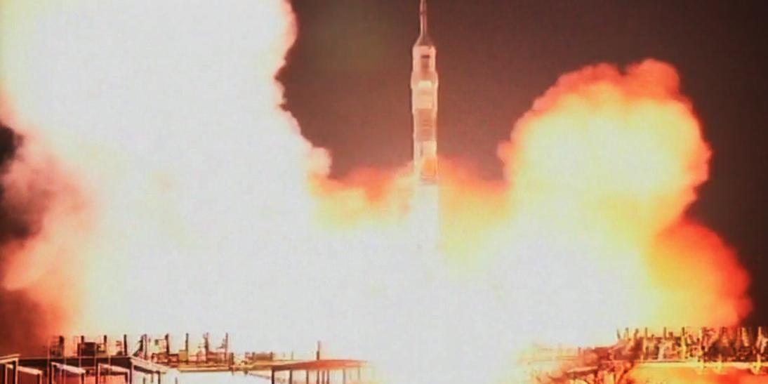 탐험대42의 소유즈호 발사
