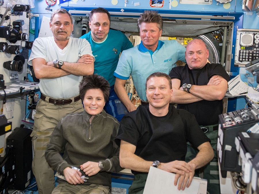 Expedition 43 Crew Members