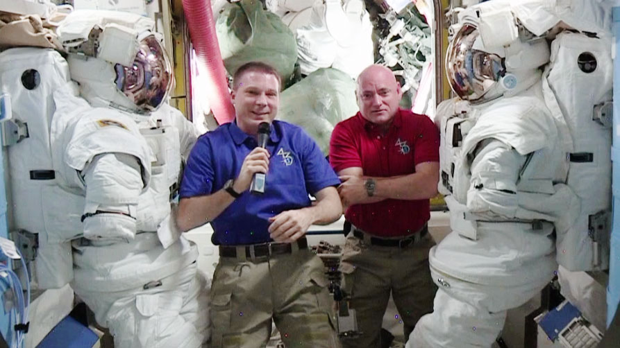 Astronaut Terry Virts and Scott Kelly