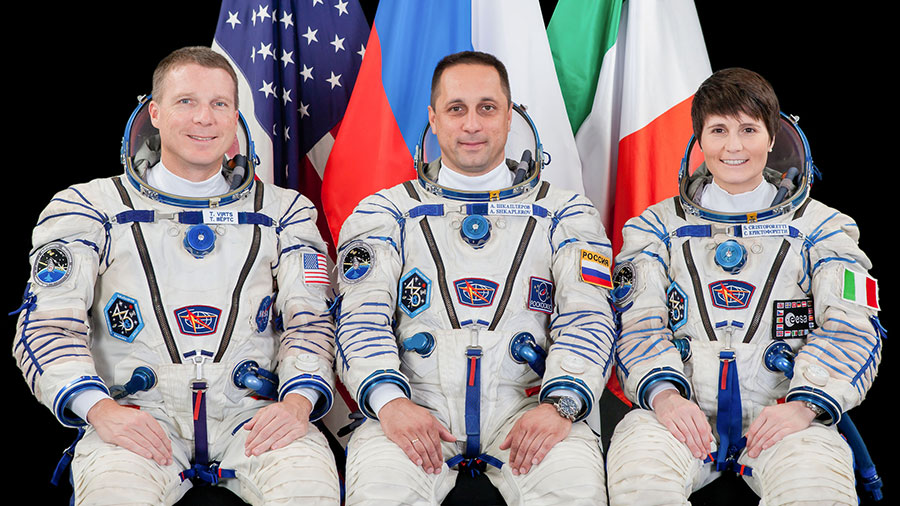 Expedition 42/43 Crew Members