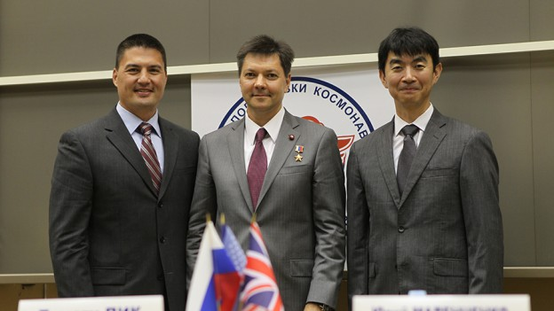 Expedition 44/45 Crew Members