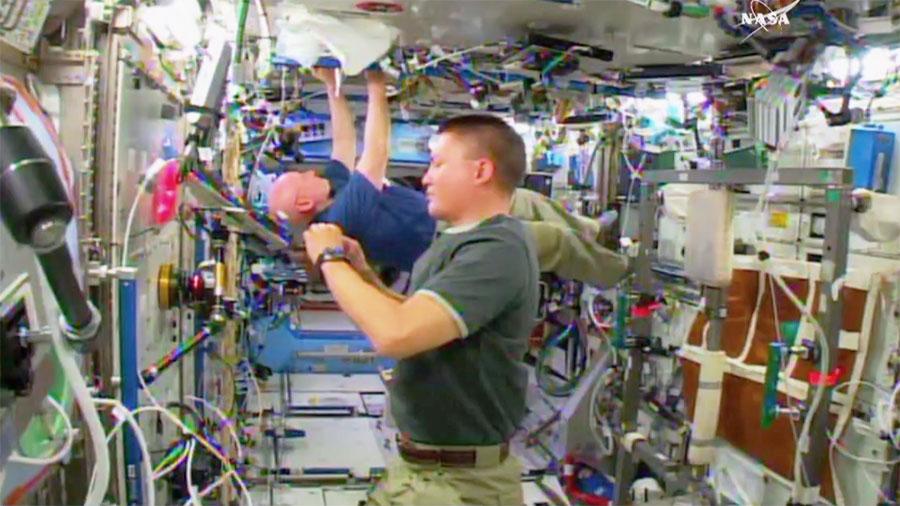NASA Astronauts Kjell Lindgren and Scott Kelly