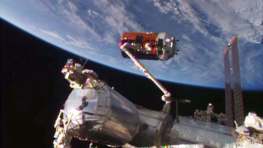 http://blogs.nasa.gov/spacestation/wp-content/uploads/sites/240/2015/08/exp44_082415f_blog.jpg