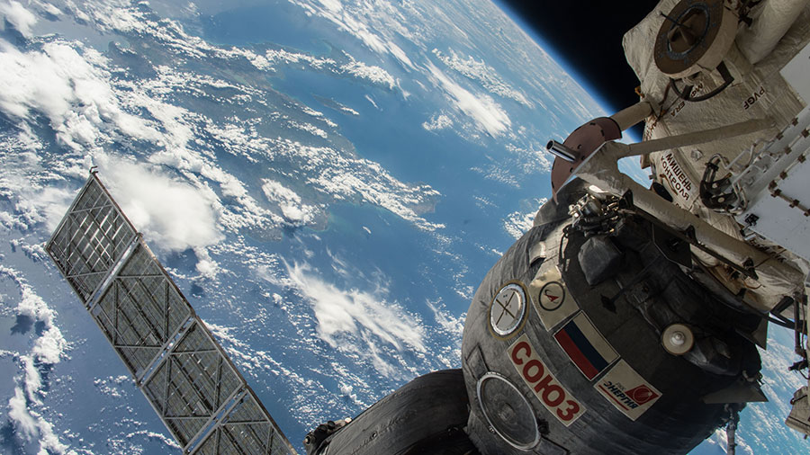 'The Soyuz TMA-17M spacecraft' from the web at 'http://blogs.nasa.gov/spacestation/wp-content/uploads/sites/240/2015/11/iss045e098535_blog.jpg'