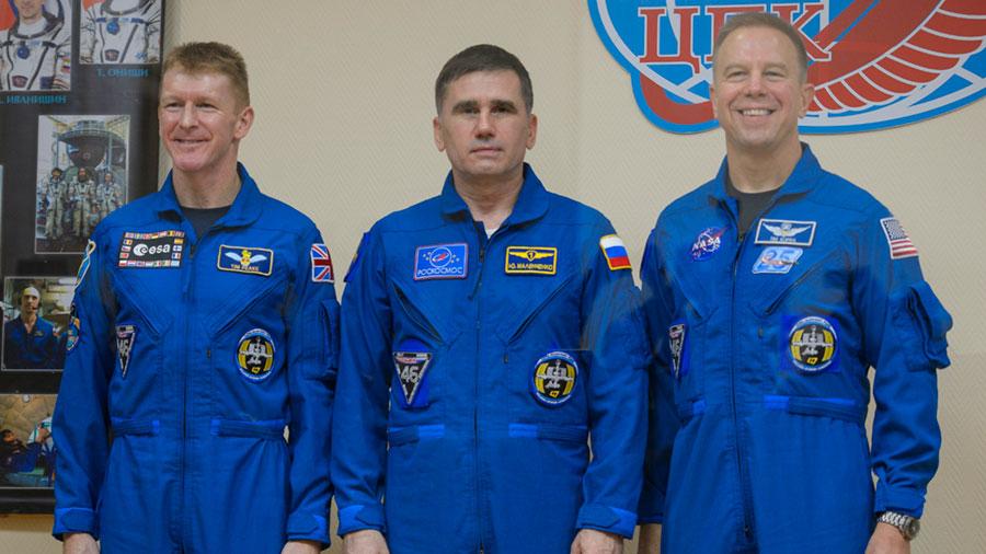 names of crew member of nasa - photo #2