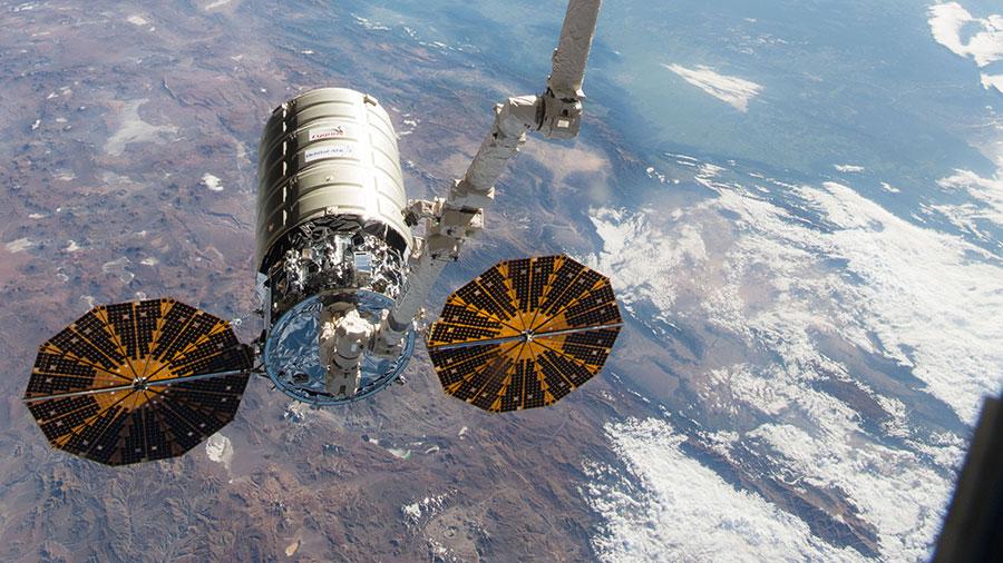 Cygnus Spacecraft Arrives at Station