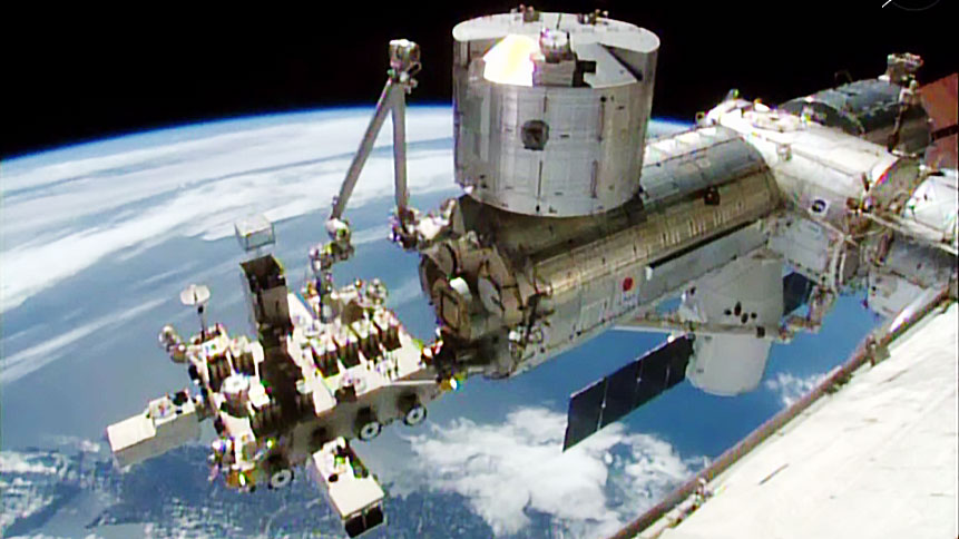 SpaceX Dragon and the Kibo Module