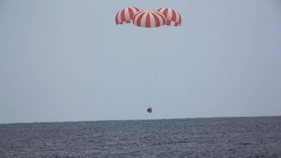 Dragon Returns to Earth in Pacific Splashdown | Space Station
