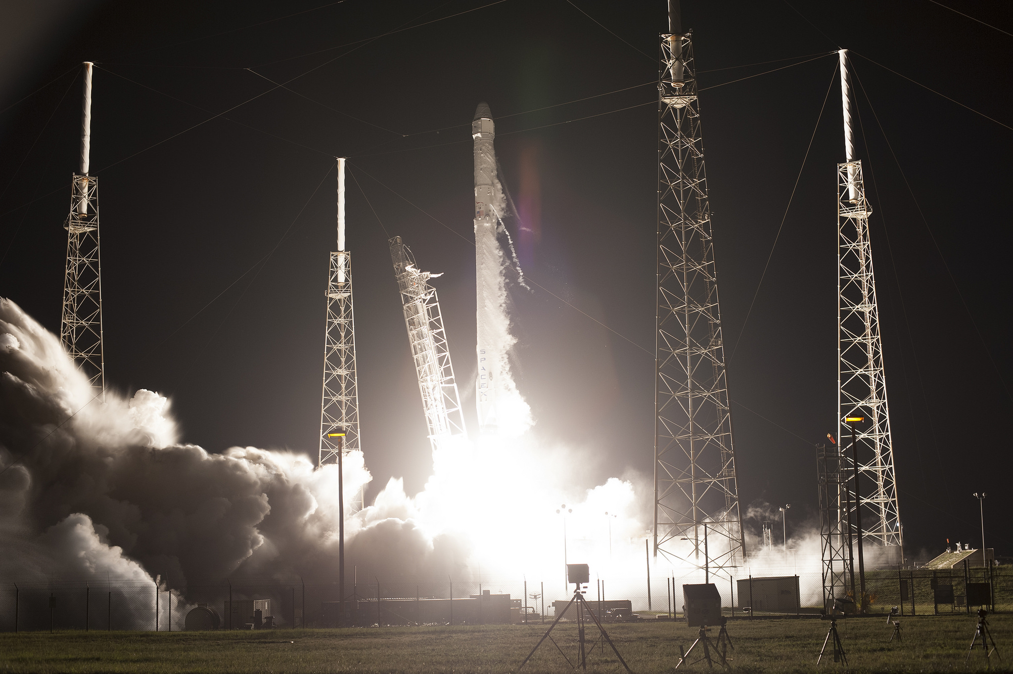 Launch of SpaceX CRS-9