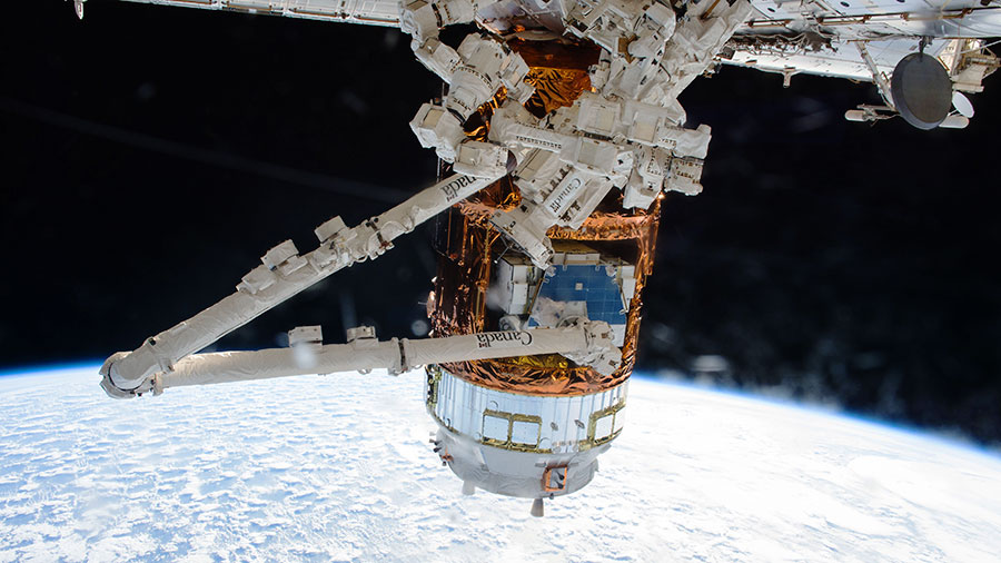 Japan's HTV-6 Resupply Ship