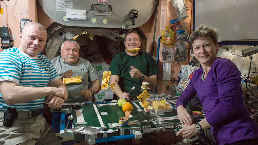 Expedition 51 Crew Meal Time