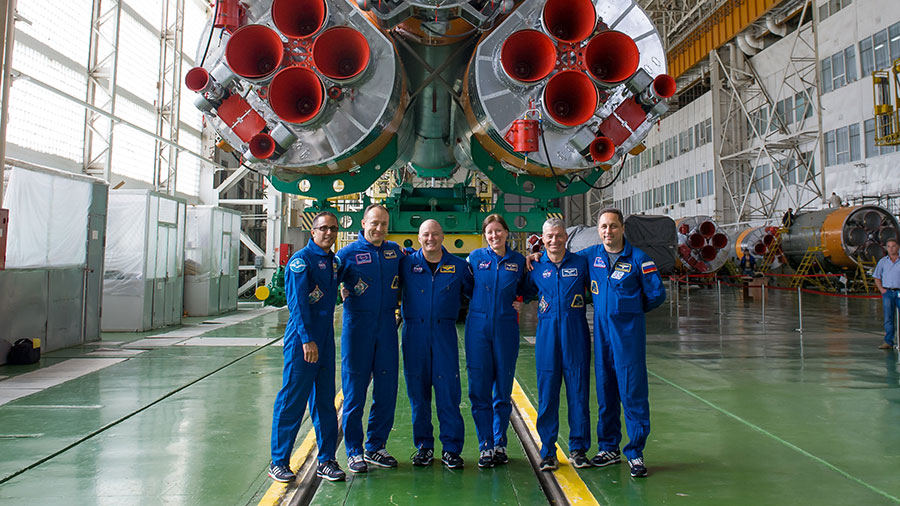 Expedition 53-54 Prime and Backup Crew Members
