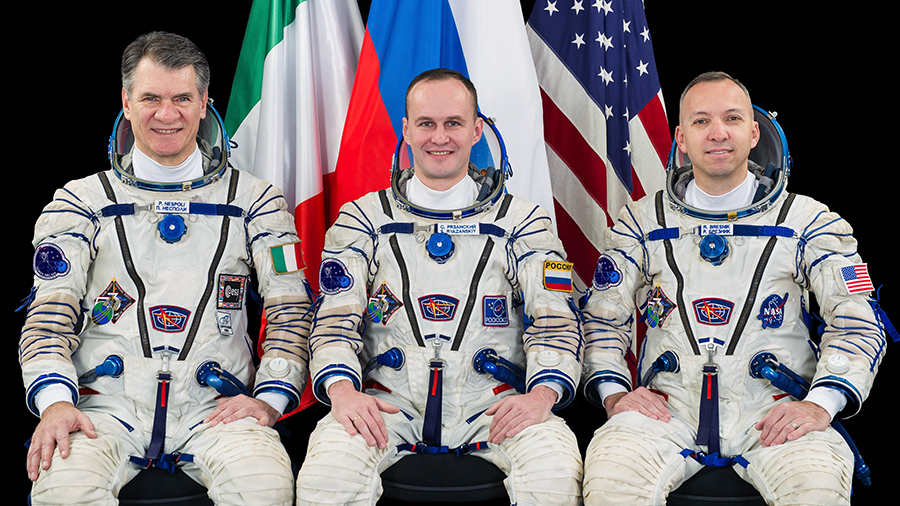 The Expedition 52-53 Crew Portrait