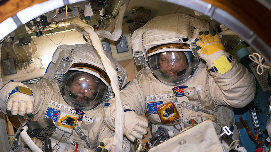 Cosmonauts Alexander Misurkin and Anton Shkaplerov