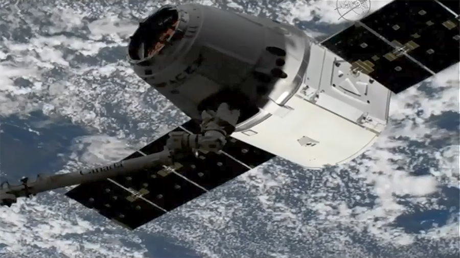 SpaceX Dragon Capture