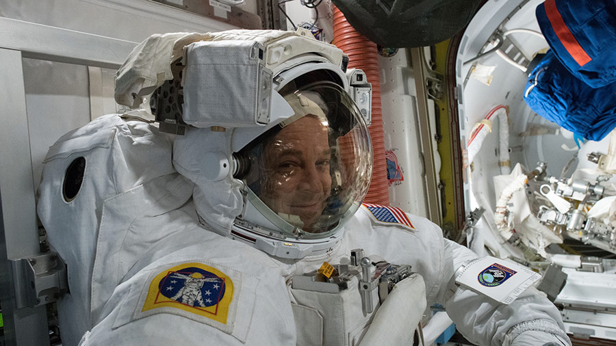 Live Spacewalk Coverage Begins Now on NASA TV – Space Station