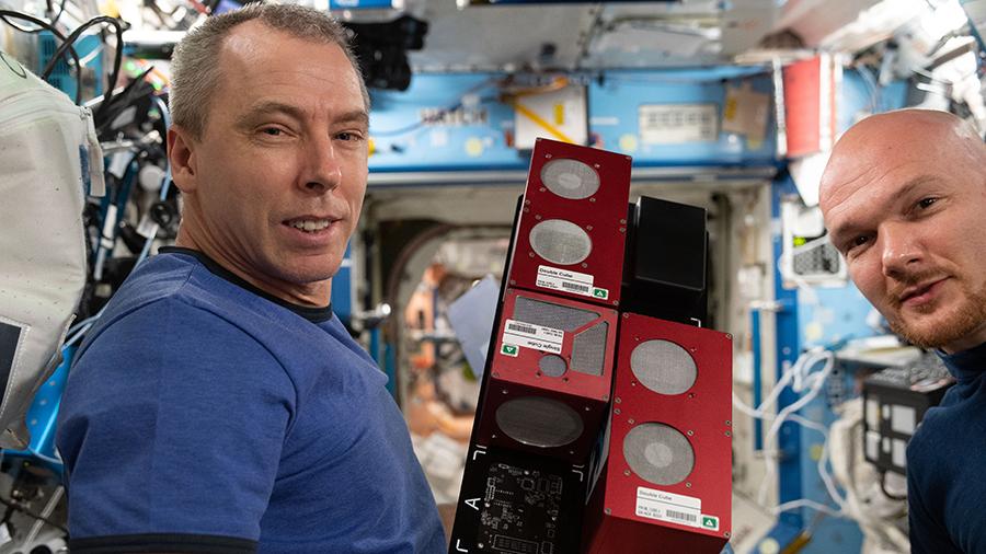 Astronauts Drew Feustel (left) and Alexander Gerst